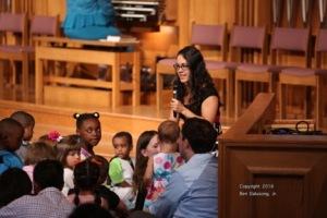Marlane Heiser telling children's story.